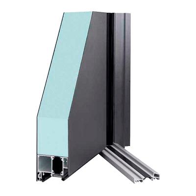 sección Dooral en aluminio y panel sandwich