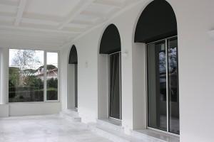 puertas de aluminio unicity a galeria de san juan de luz